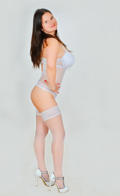ParadiseBeauty live sexchat picture