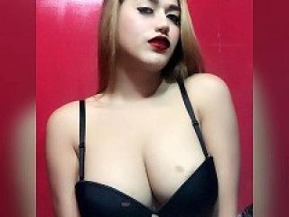 SweetCumPornStarTS live sexchat picture