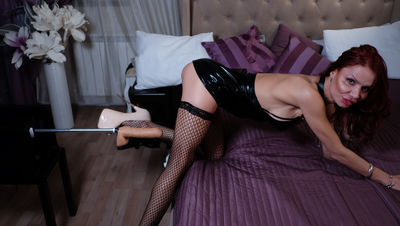 AliceHotSexx live sexchat picture