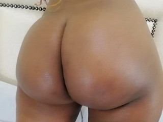 EbonybootyClit69 live sexchat picture