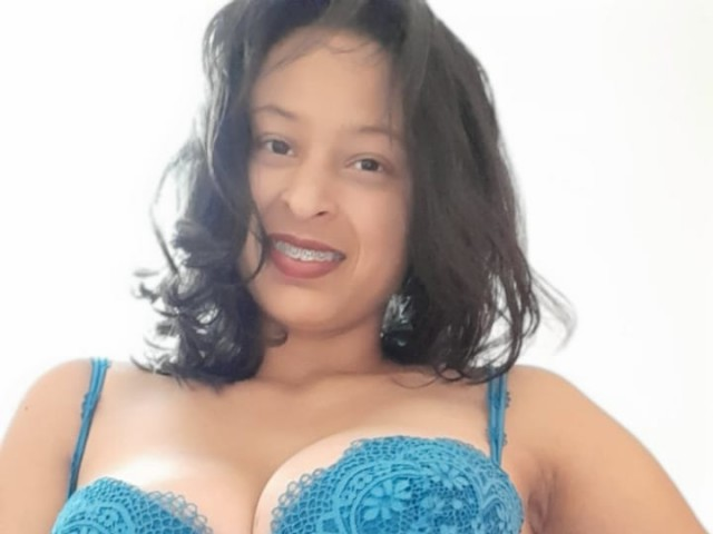martinamonto live sexchat picture