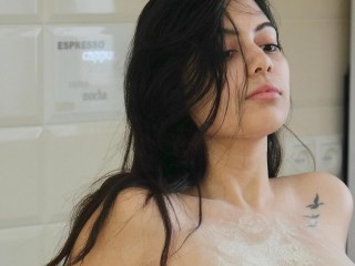 Lily69xxx live sexchat picture