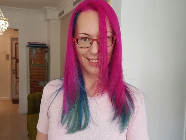 KarinaMMM live sexchat picture