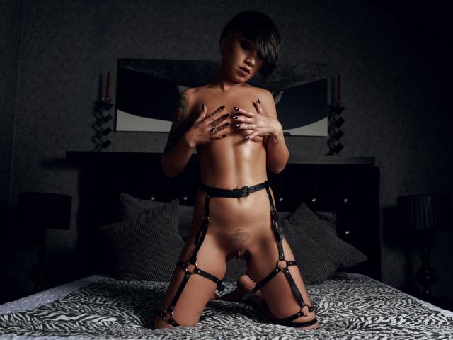 MissDeville live sexchat picture