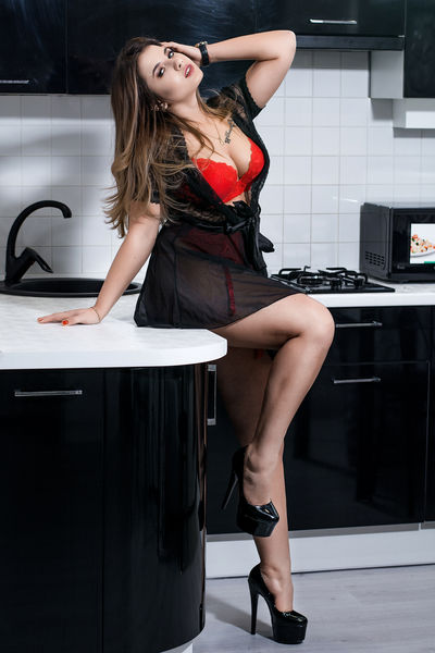 ZlataRay live sexchat picture