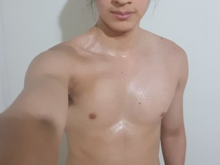 DylanLatin live sexchat picture