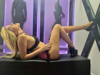 KarlyDeimoslust live sexchat picture