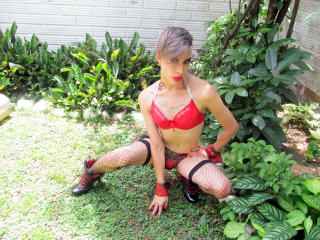 ScarletTSX live sexchat picture