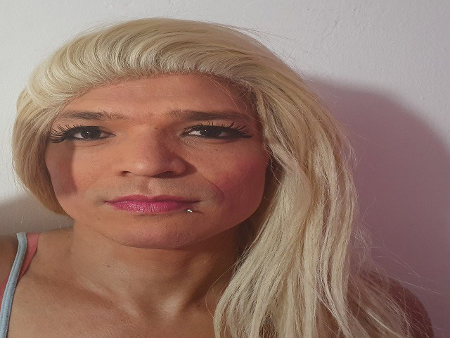 blondycoxxy live sexchat picture