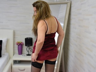 IvanaCharm live sexchat picture