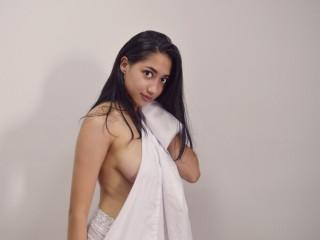 CamilaSanchez live sexchat picture