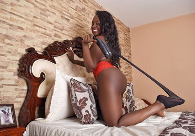 LouiseBlanch live sexchat picture