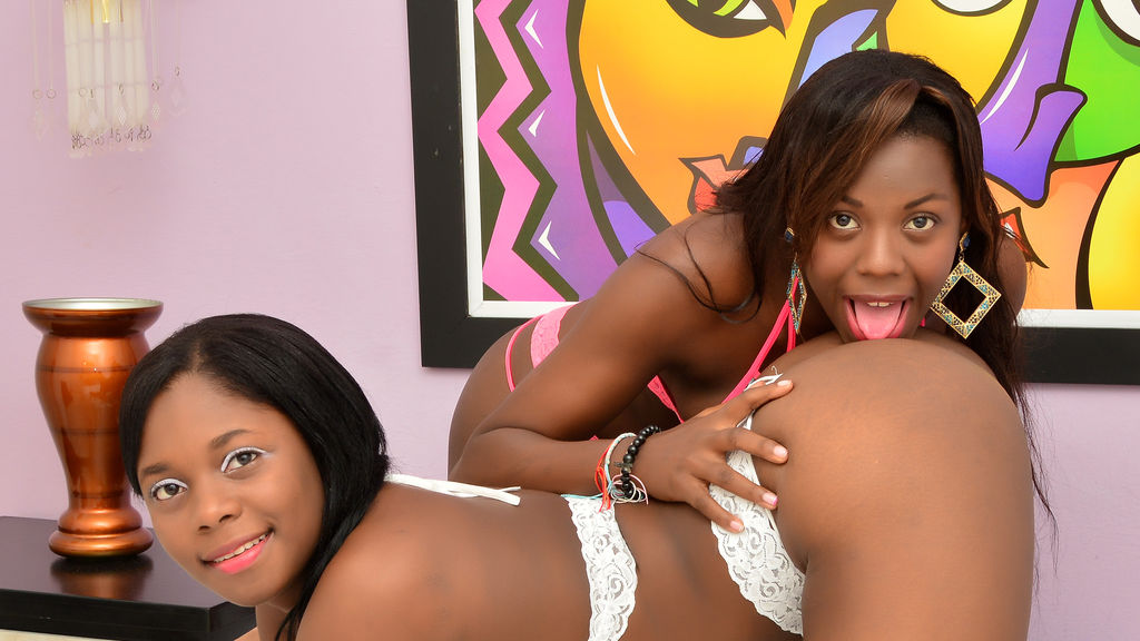 annyandsofia live sexchat picture