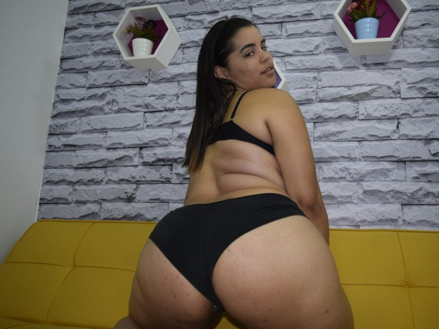 Saraith live sexchat picture