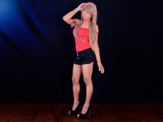 MaleficaLove live sexchat picture