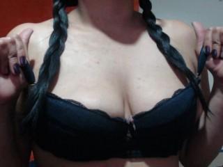 sweedlatingirld live sexchat picture
