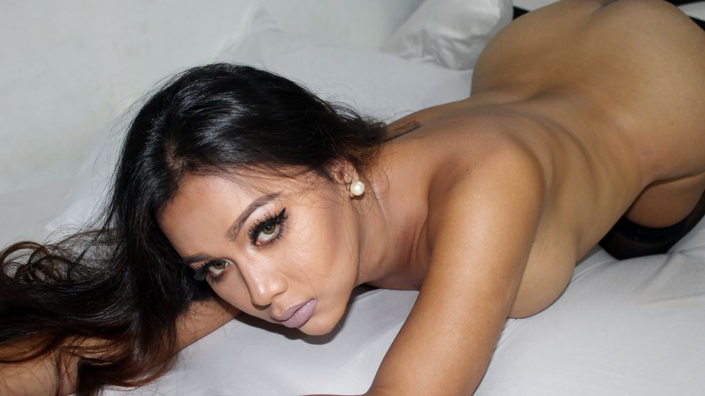 BeautifulSHEMALE live sexchat picture