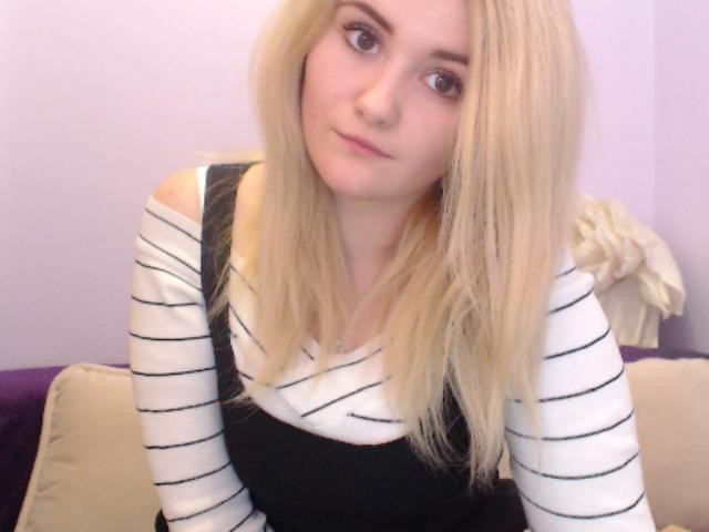 sweetmuffin live sexchat picture