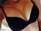 CrazySweetnes live sexchat picture