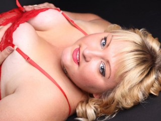 Busty_Blonde_Helga live sexchat picture