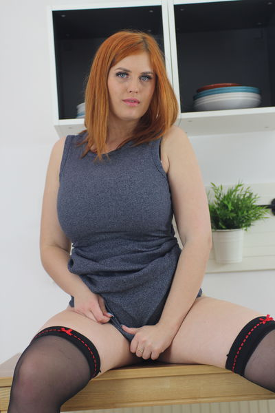 alexsisfaye live sexchat picture